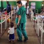 El Dr. Pestaña habla en Capital Radio sobre el nuevo hospital de Ngandanjika